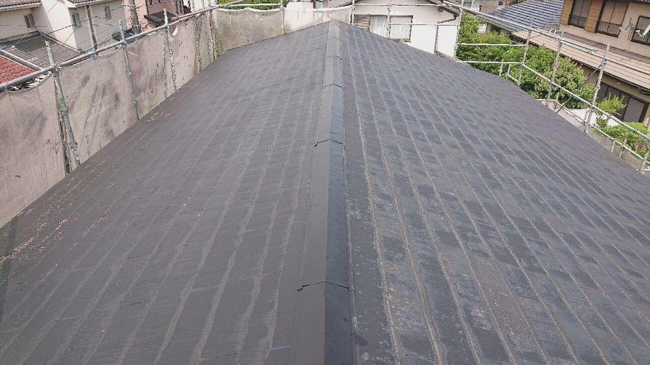 屋根の写真 下塗り後